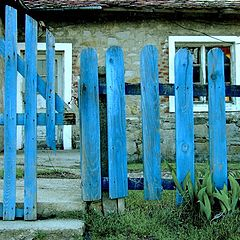 "photo ""Blue fence"""