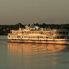 "photo ""Flip on the Volga"""