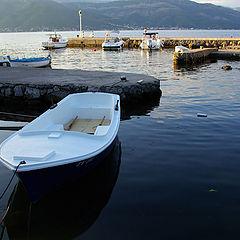 """photo """"White boat"""""""