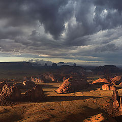 "фото ""Хантс Меса после грозы. Monument Valley."""