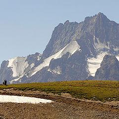"""фото """"Величие гор и ничтожность человека"""""""