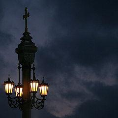 """фото """"На фоне ночного неба"""""""