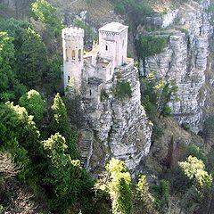 "photo ""A true inaccesible castle"""