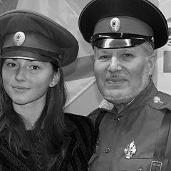 """фото """"Подьесаул с молодой казачкой."""""""