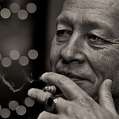 "фото ""Cigarette Smoking Man"""