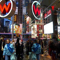 "photo ""Broadway/47 Street crossing at night"""