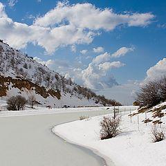 """фото """"Пейзаж с замерзшей рекой"""""""
