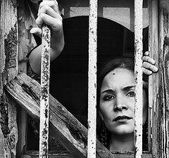 "photo ""imprisoned"""