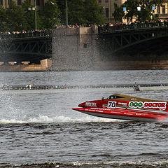 "фото ""Формула 1 на воде в Питере"""