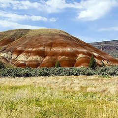 "photo ""Painted Hills"""