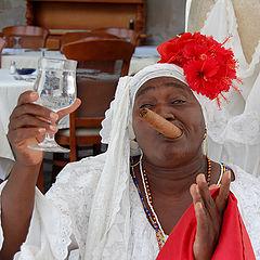 "photo ""Real Cuban muchacha ;)"""