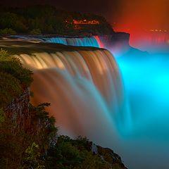 "photo ""Niagara extravaganza"""