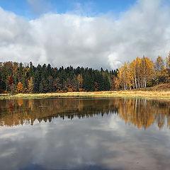 """photo """"Autumn at the mirror"""""""