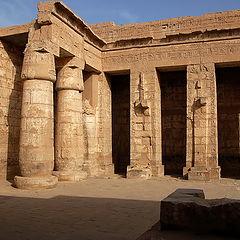 """фото """"Старые стены древнего храма"""""""
