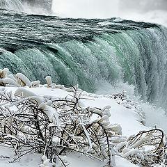 """photo """"Winter at Niagara falls"""""""