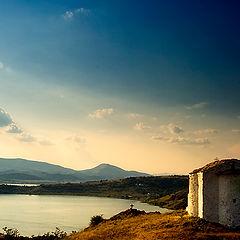 "фото ""Восход солнца над старой часовни ..."""