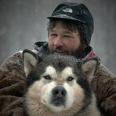 """фото """"Аляскинский маламут....ну и хозяин...кто здесь главный по-моему ясно."""""""