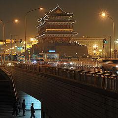 """фото """"Front door Arrow Building-Beijing"""""""