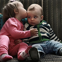 "photo ""first kiss"""