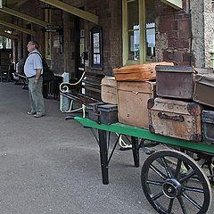 """фото """"Вокзальная, вне-дуэльная. Багаж."""""""