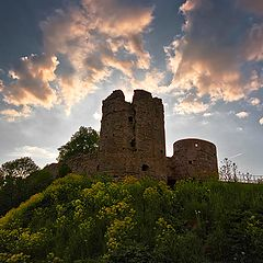 """фото """"Закат над древней крепостью."""""""