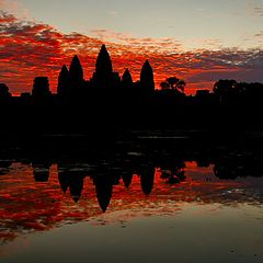 """photo """"Dawn over the temple of Angkor Wat"""""""