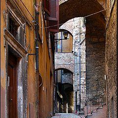 "фото ""old and narrow"""
