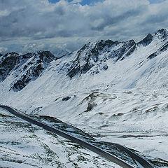"photo ""Highway in Alps.Photo through the buswindow."""