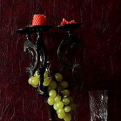 """фото """"Натюрморт с яблоком и виноградом"""""""
