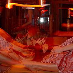 "photo ""Barefoot Hot Kisses (Горячие Босоногие Поцелуи)"""