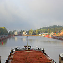 """фото """"Ahead - the work of river vessels on inland waterways!"""""""