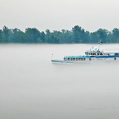 """фото """"Белый пароходик в тумане"""""""