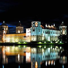"фото ""Ночь над замком."""