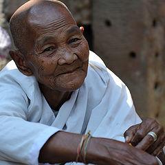 "фото ""Камбоджийская монашка"""