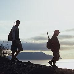 """фото """"Два рыбака на фоне Крыма"""""""