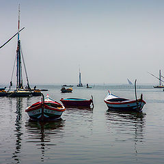 "photo ""Boats on the lake"""