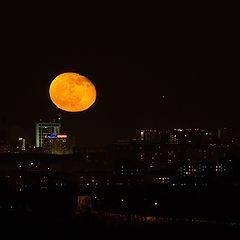 "фото ""Луна_2 над городом"""
