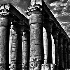 """фото """"Pillars"""""""