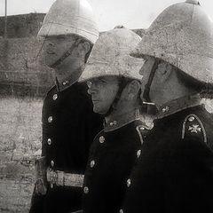 "photo ""Gunners Her Majesty ..."""