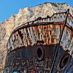 "фото ""Shipwreck bay-HDR"""