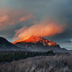 """фото """"Осень помахала на прощанье алым лоскутком заката..."""""""