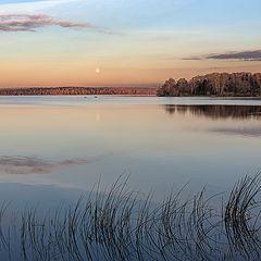 """photo """"October evening on the lake Senezh"""""""