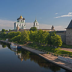 "photo ""Pskov Kremlin from the River Great"""