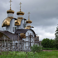 "photo ""Lodeynoye Pole. The church is under construction!"""