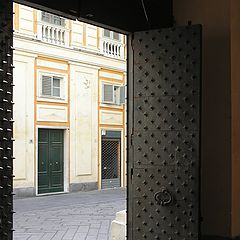 "photo ""historical center, the door"""