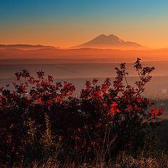 """фото """"Алый закат на фоне Эльбруса"""""""