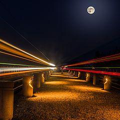 """фото """"Вид на полную Луну с трамвайных путей-"""""""