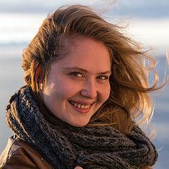 "photo ""Girl with White Sea"""