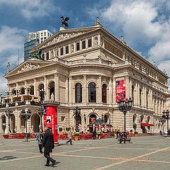 """фото """"The Frankfurt Opera House."""""""