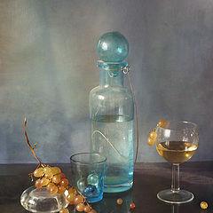 """фото """"С голубой бутылкой"""""""